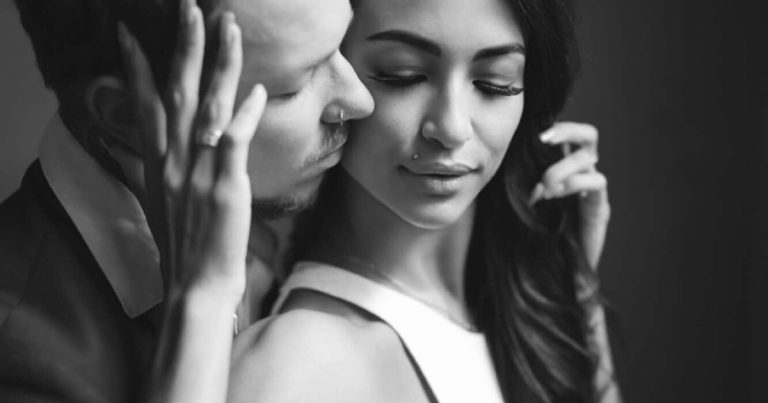 Psychologists Explain 15 Ways To Win The Heart Of A Man