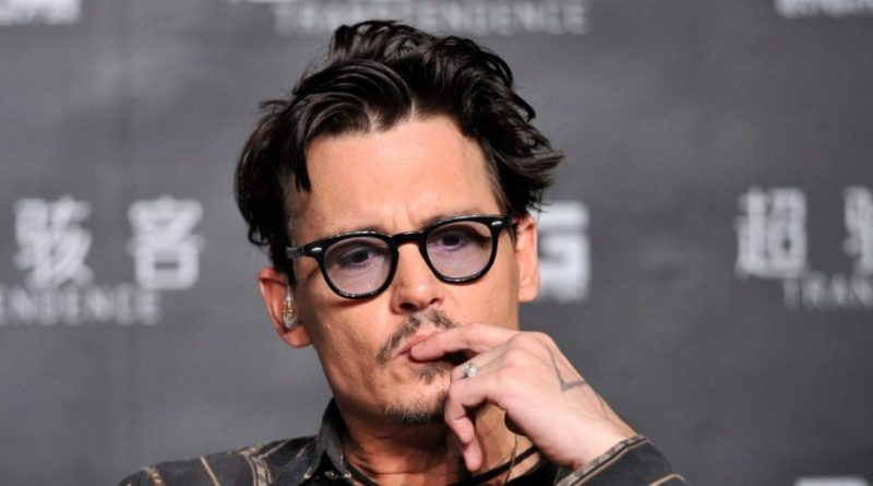 Johnny Depp's Career Is Over, 'Fantastic Beasts' Is Only The Beginning; Experts Say