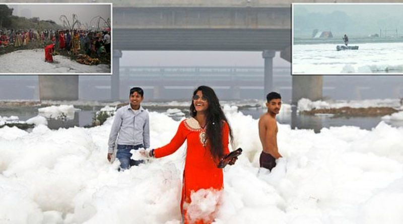 Thousands Pray In River Packed With Toxic Foam